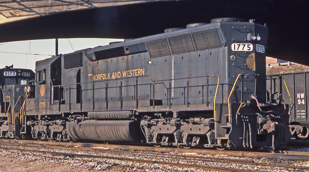 Norfolk and Western Diesel ShellScale Decals O107